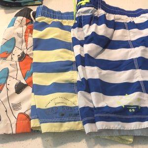 Gap board shorts boys size M (8)